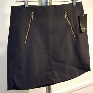 Zara Black Zipper Mini Skirt Size M NWT!